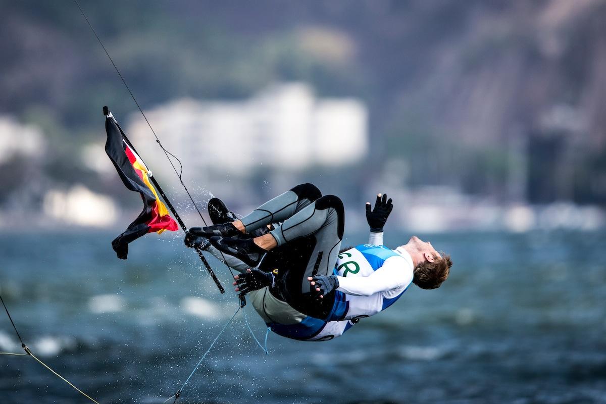 Legendärer Rückwärtssalto in Rio: 2016 gewannen Heil/Plößel Bronze. Foto: Sailing Engery
