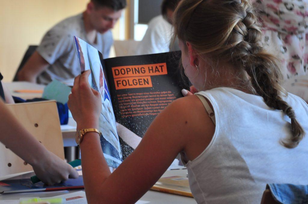 (Symbolbild): Regelmäßige Anti-Doping-Lehrgänge sind für deutsche Spitzesportlerinnen udn Spitzensportler Pflicht. Foto: NADA